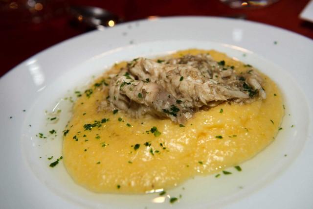 Luccio-in-salsa-con-polenta